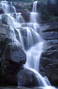 ramsey-cascades-fall-195x300